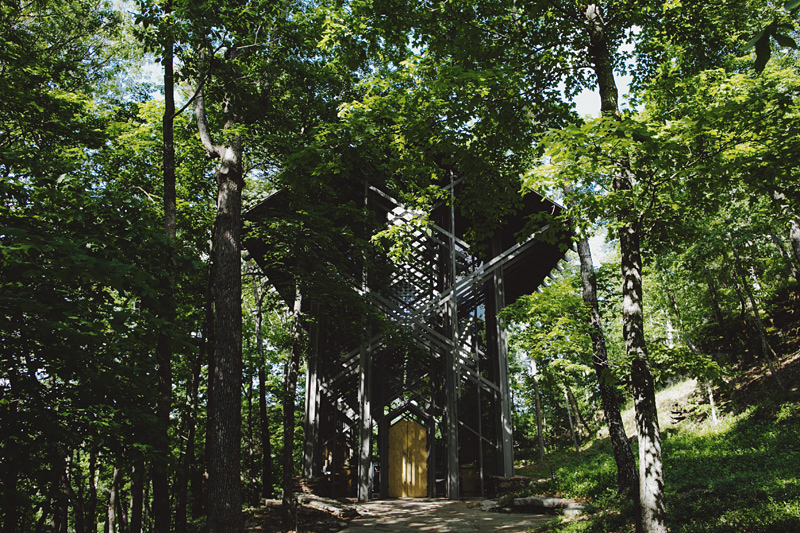 sammblake_wedding_thorncrown_chapel_eurekasprings_ arkansas_011