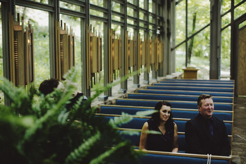 sammblake_wedding_thorncrown_chapel_eurekasprings_ arkansas_018