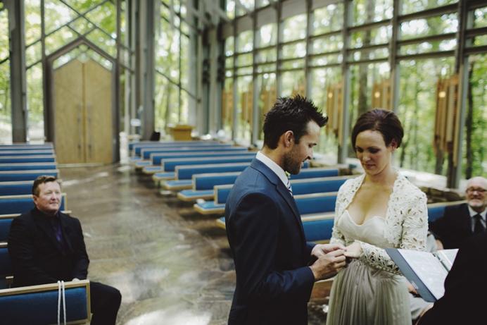 sammblake_wedding_thorncrown_chapel_eurekasprings_ arkansas_022