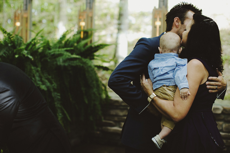 sammblake_wedding_thorncrown_chapel_eurekasprings_ arkansas_024
