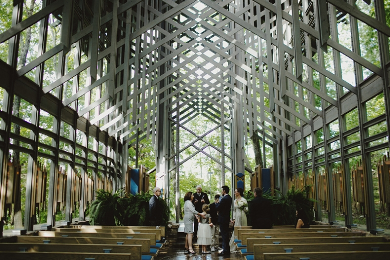 sammblake_wedding_thorncrown_chapel_eurekasprings_ arkansas_025