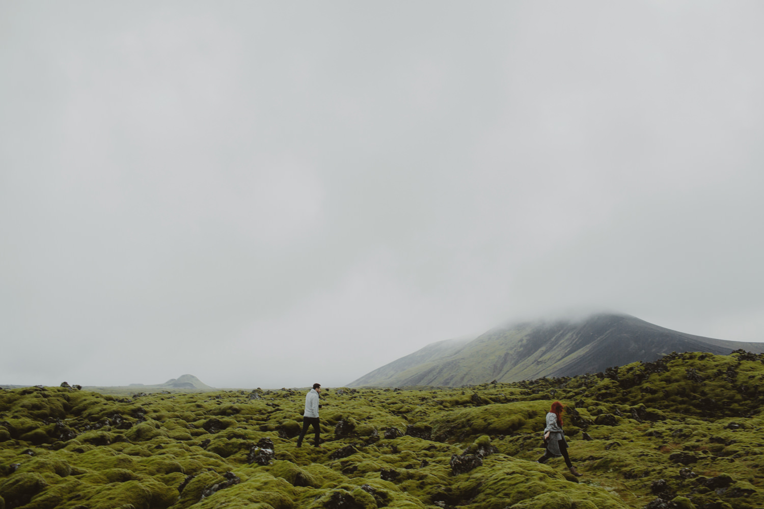 ICELAND_ELOPEMENT_SAMMBLAKE_BROOKETAVIS_WEDDING_008