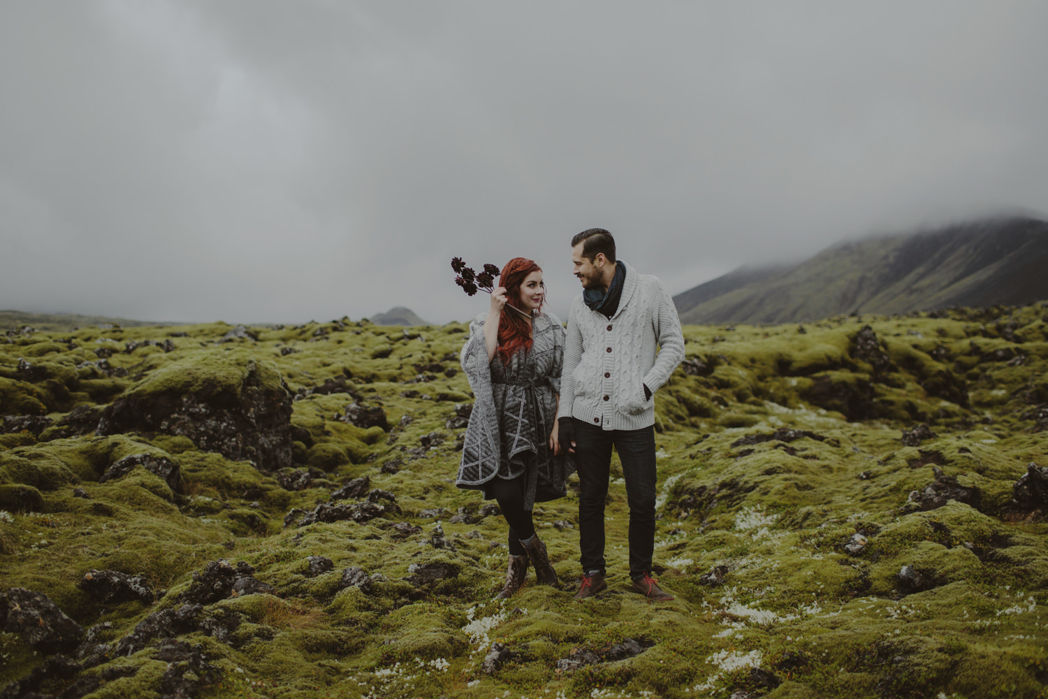 ICELAND_ELOPEMENT_SAMMBLAKE_BROOKETAVIS_WEDDING_024
