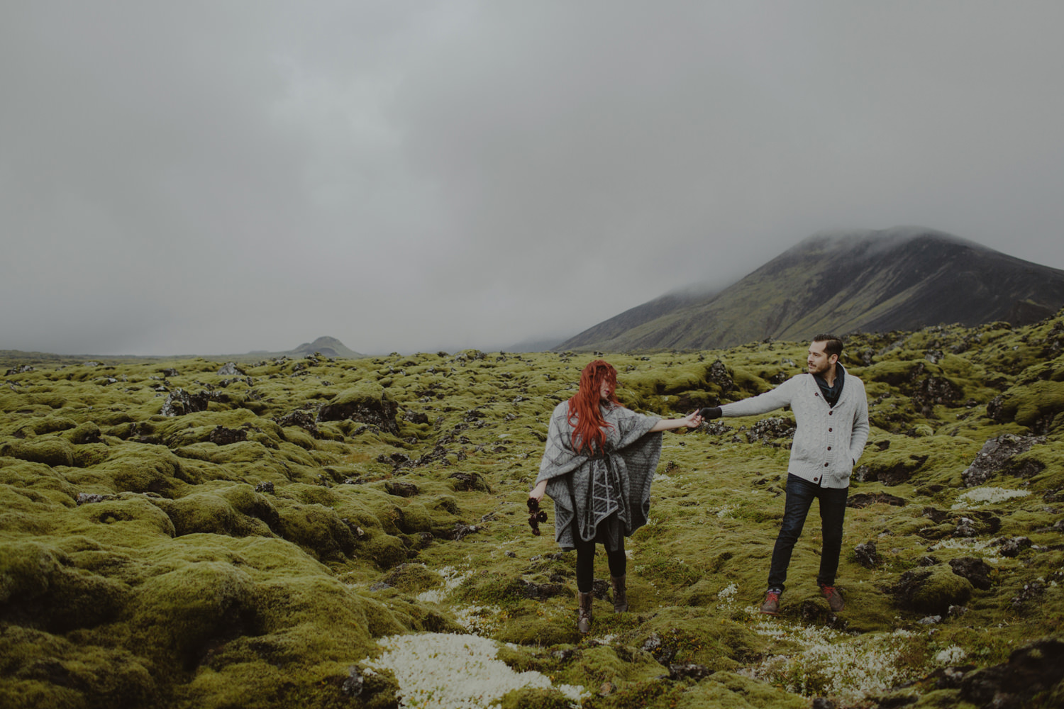 ICELAND_ELOPEMENT_SAMMBLAKE_BROOKETAVIS_WEDDING_028