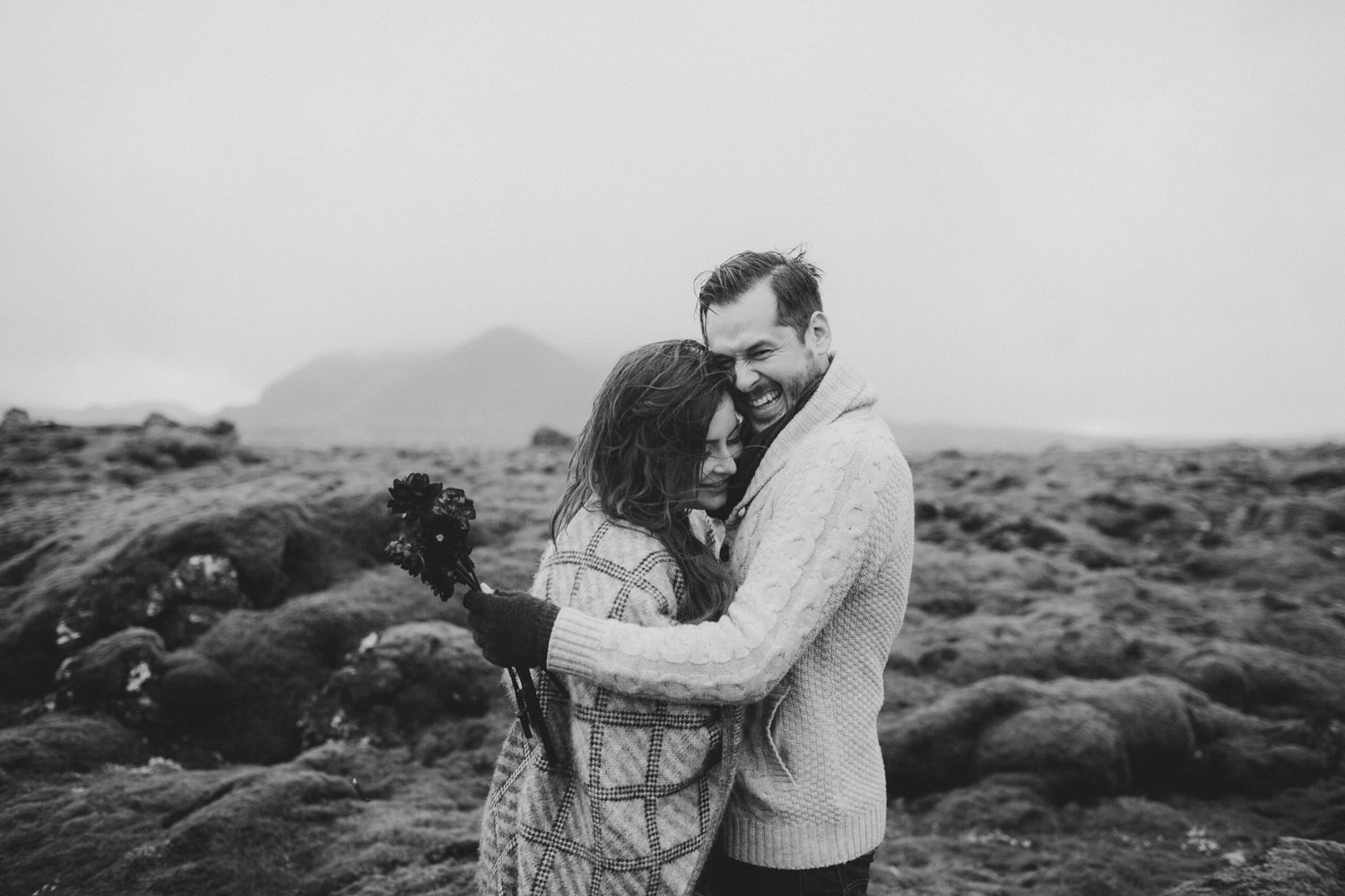 ICELAND_ELOPEMENT_SAMMBLAKE_BROOKETAVIS_WEDDING_030