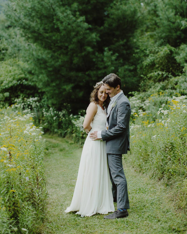 BIGINDIAN_CATSKILLS_NY_WEDDING_SAMMBLAKE_067